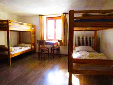 chambre-petite-chalet-alpazur-centre-vacance-activites-jeunes
