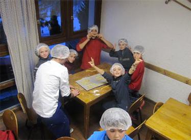 cuisine-chalet-alpazur-centre-vacance-activites-jeunes